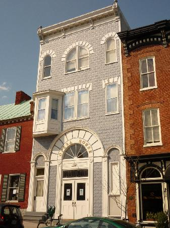 Shepherdstown, Virgínia Ocidental: Gorgeous Opera House Movie Theater