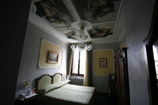 Hotel Pausania: Twin Room