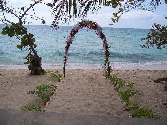 Shields Negril Villas: a nice place for getting married