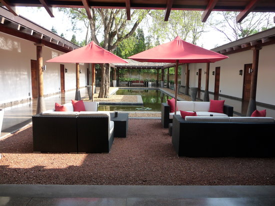 The Wallawwa: lounging area