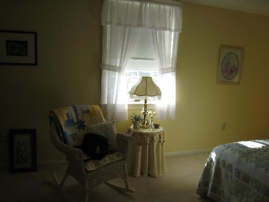 The Lancaster Bed and Breakfast: Rocking chair in the Nature room