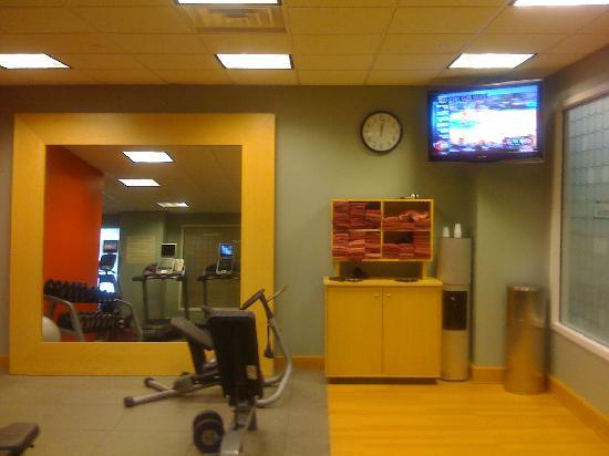 إمباسي سويتس كولومبوس - دبلين: fitness facility