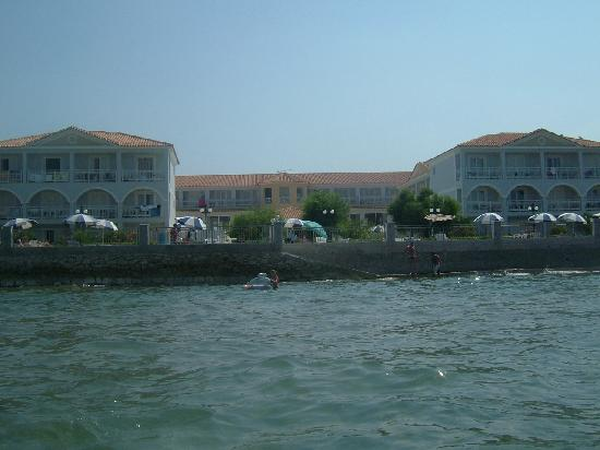 Meridien Beach Hotel: hotel from the sea