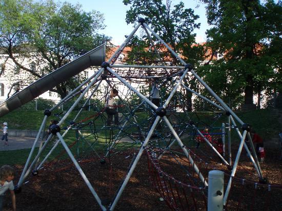 Starlight Suiten III Heumarkt: Stadtpark - kindergarden