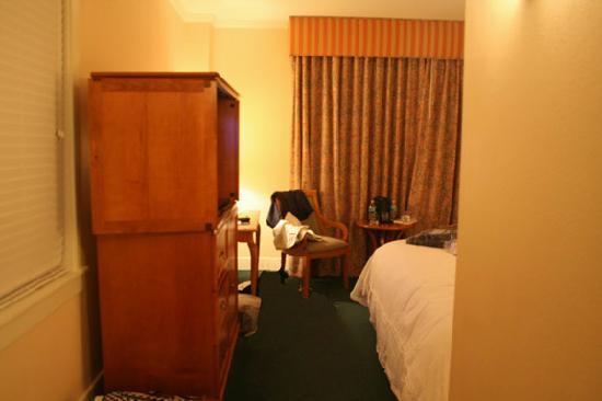 ذا تيراس هوتل: Typical room
