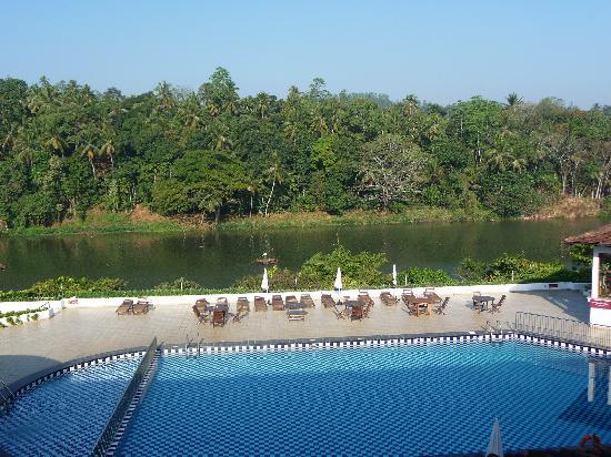 Cinnamon Citadel Kandy: vue depuis le restaurant