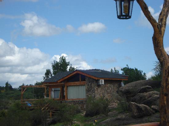 Cabanas Casas del Arroyo: Vista de una de las Cabañas