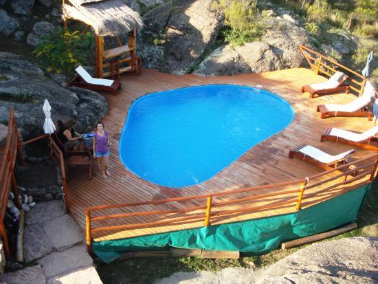 Cabanas Casas del Arroyo: Hermosa piscina del complejo