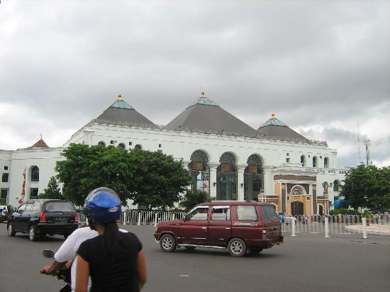 Palembang, Indonesia: masjid agung