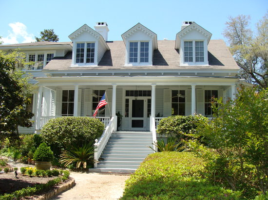 Linwood bed breakfast summerville sc omd men for What to do in summerville sc