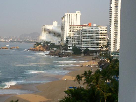 Elcano Hotel: Vista desde el balcon
