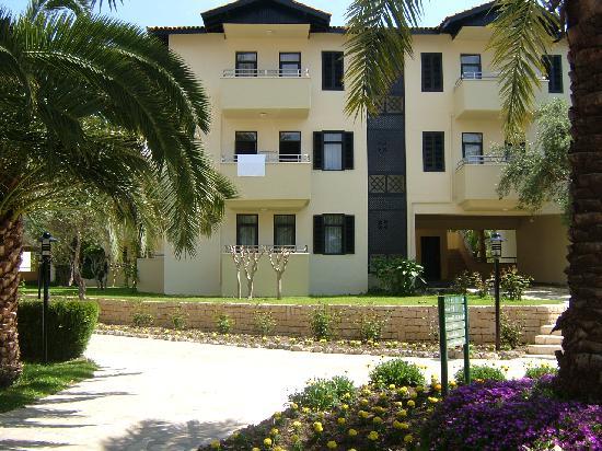Melas Holiday Village: Appartements