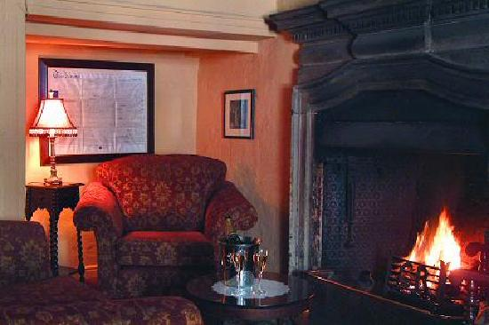 Blagraves House: Cosy Lounge