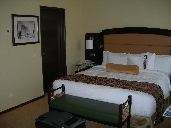 Hilton Moscow Leningradskaya: Notre chambre