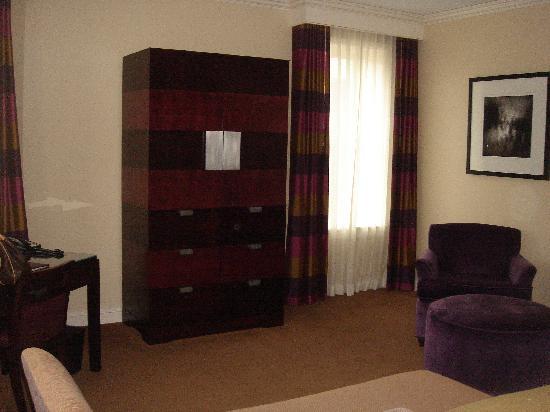 Alluvian Hotel: Room 208