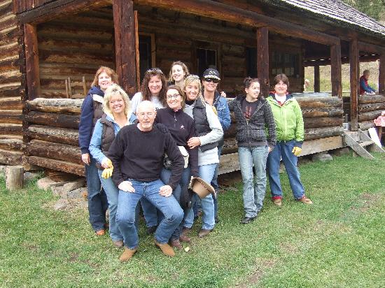 Mountain Sky Guest Ranch: All our new freinds we made