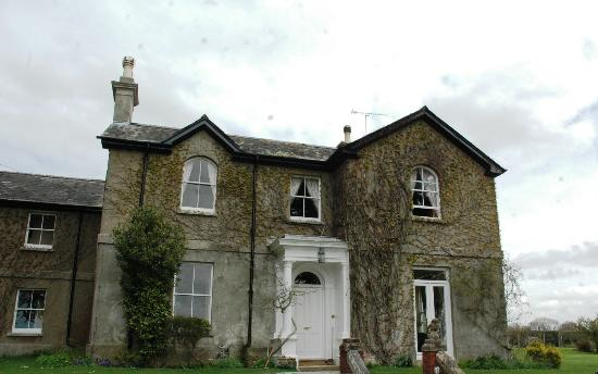 Farnham Farmhouse