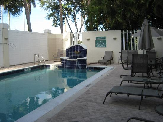 TownePlace Suites Boca Raton: Pool