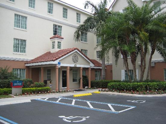 TownePlace Suites Boca Raton: Exterior