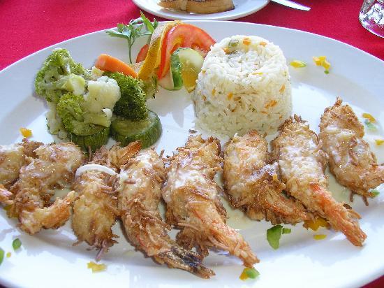 Hotel Dolphin Cove Inn: restaurant coconut shrimp