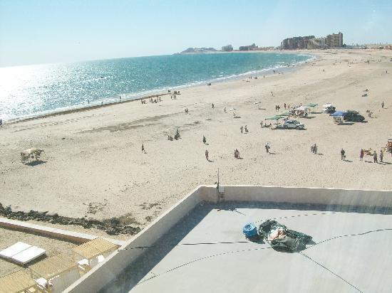 Penasco Del Sol Hotel: Vista desde mi ventana  del 4to piso