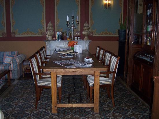 Hotel de Pauwenhof: Sun Room 2