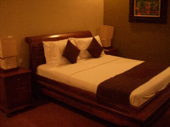 Sindhu Mertha Guest House: Room