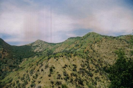 Santa Paula Canyon Falls  / Punch Bowls: veiw of the mountains