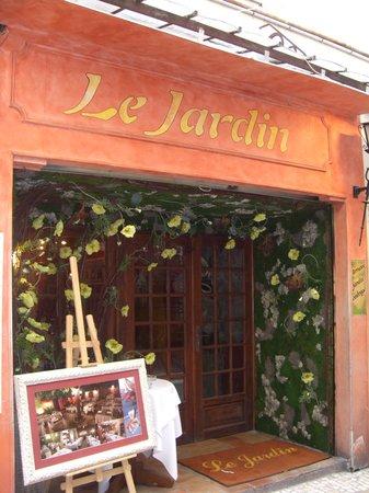 Notre terrasse billede af le jardin antibes tripadvisor for Antibes restaurant le jardin