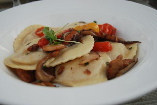 bluEmber: butternut squash ravioli