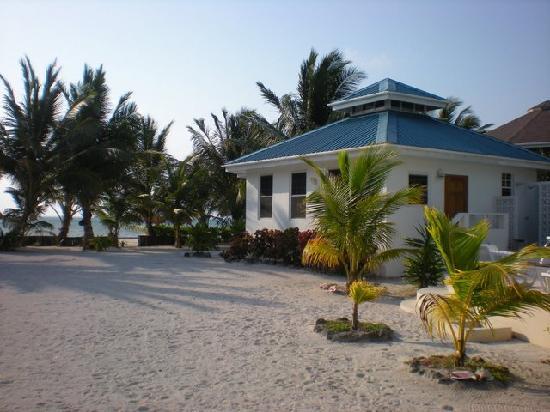 Cocotal Inn & Cabanas: Our beach cabana