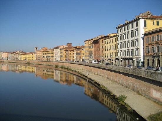 Pise, Italie: Ponte di Mezzo