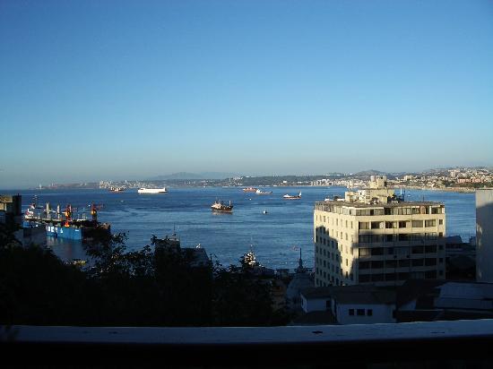 Restaurant La Concepcion: Valparaiso harbor from La Concepcion