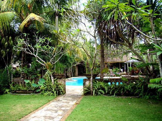 Saren Indah Hotel: Hotel Grounds