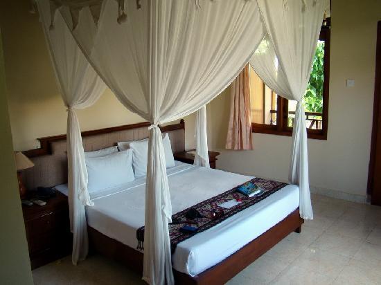 Saren Indah Hotel: Hotel Room