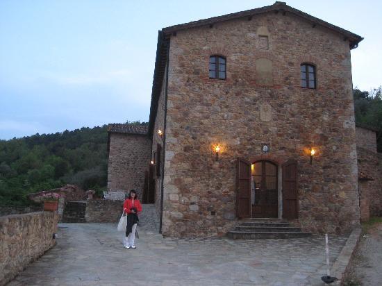 Relais Borgo di Stigliano: L'ingresso
