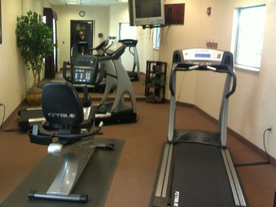 Holiday Inn Express Bloomsburg: big fitness center