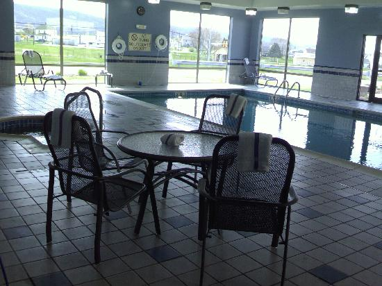 Holiday Inn Express Bloomsburg: nice pool