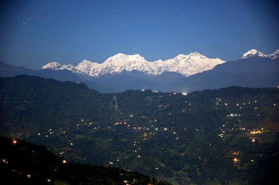 Kaluk, India: Night view of the Kanchenjunga, from the terrace of the dining hall