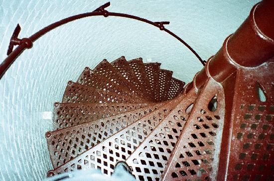 Jupiter Inlet Lighthouse & Museum: looking down the steps