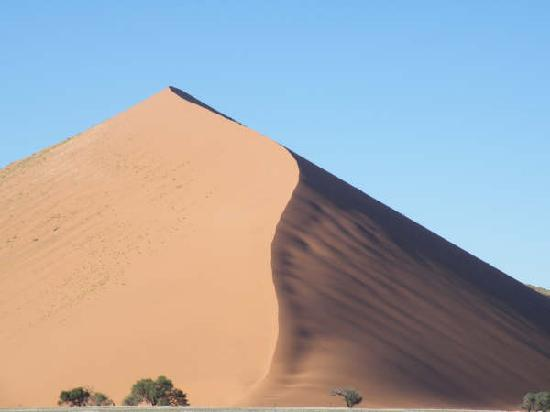 Barchan Dune Retreat: Dune 45
