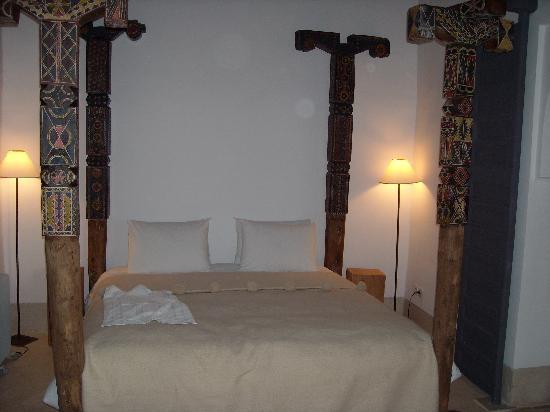 Riad Dar-K: Le lit de la suite