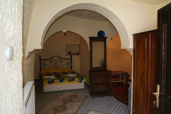 Monastery Cave Hotel: une chambre