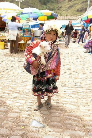 Panza del Artista: Little girl and goat
