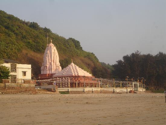 Swayambhu Ganesh Temple-Ganpatipule