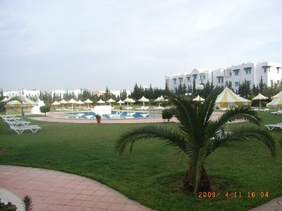 Hotel Green Golf: 屋外プール、室内プールもある。