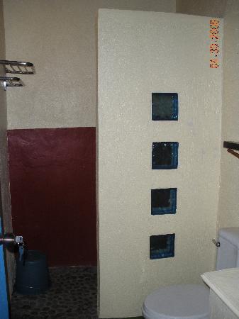 Portulano Dive Resort: restroom