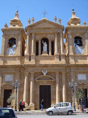 Santa Flavia, Italie : Basilica Soluntina - facciata