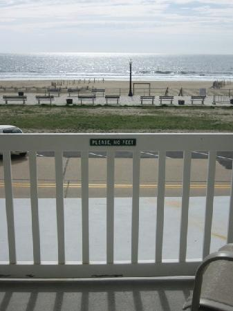 Ocean Grove, Nueva Jersey: the view from our second floor porch