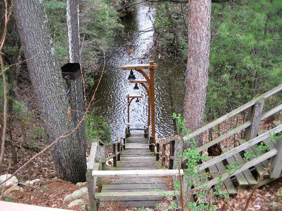 Chula Vista Resort Condominiums Wisconsin Dells Wi: Chula Vista Resort / Stairs To One Of Their River Docks